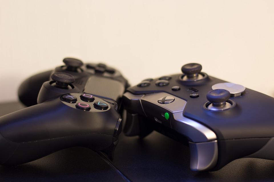 pady do konsol Playstation oraz Xbox