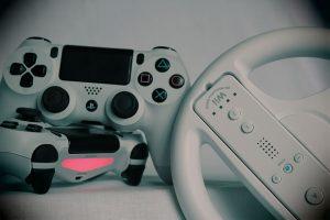 Czy pad do PS5 będzie podobny do tego zamieszczonego na obrazku?