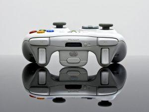 Joypad do starej konsoli, ciekawe jak się będzię prezentował do Xboxa Scarlett